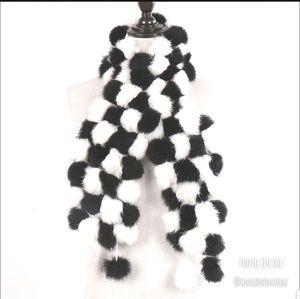 ▪︎ Black & White Fur Pompom Scarf ▪︎